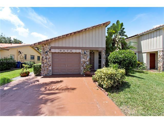 9278 NW 13th Pl, Coral Springs, FL 33071 (MLS #A10359928) :: The Teri Arbogast Team at Keller Williams Partners SW