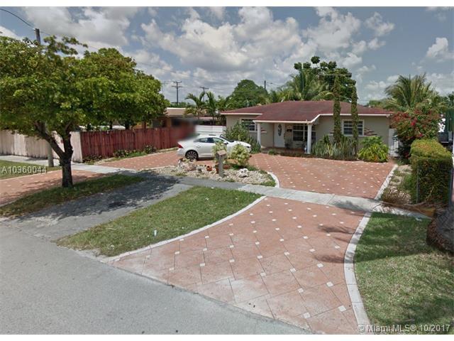 211 E 51st St, Hialeah, FL 33013 (MLS #A10360044) :: The Riley Smith Group