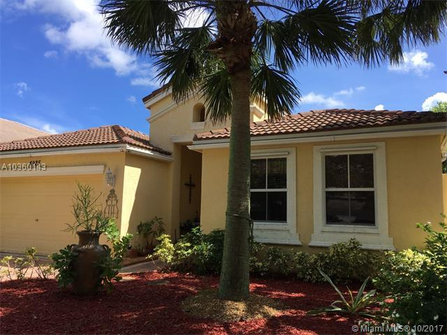 4925 SW 159th Ave, Miramar, FL 33027 (MLS #A10360143) :: The Teri Arbogast Team at Keller Williams Partners SW