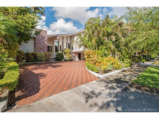 30 N Shore Dr, Miami, FL 33133 (MLS #A10360444) :: The Riley Smith Group