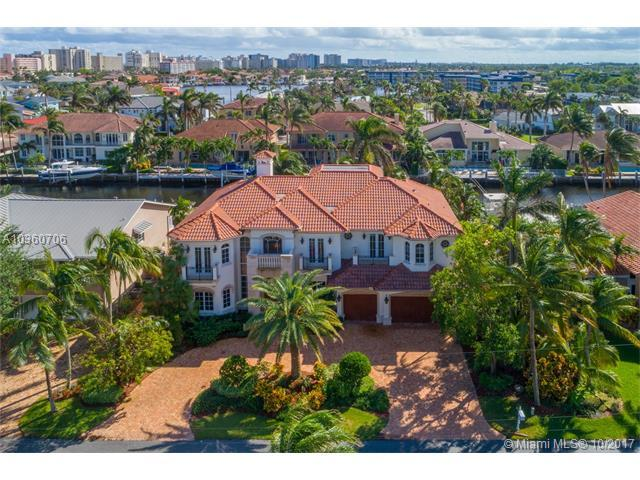 920 Iris Dr, Delray Beach, FL 33483 (MLS #A10360706) :: The Teri Arbogast Team at Keller Williams Partners SW
