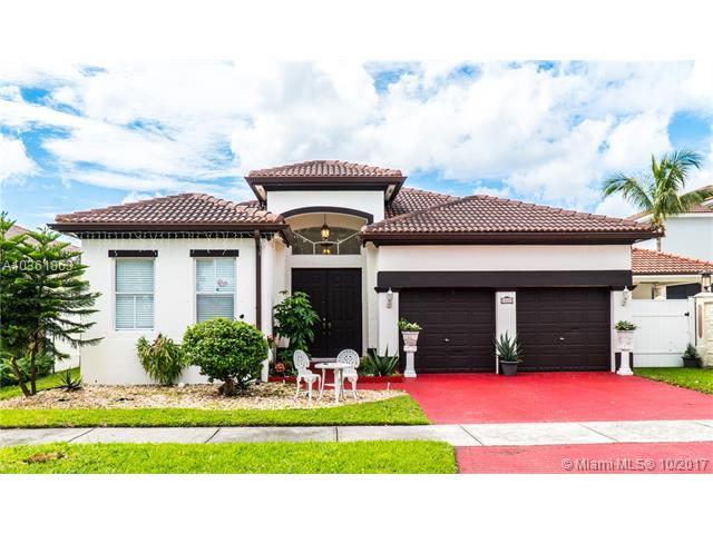 18000 NW 90th Pl, Hialeah, FL 33018 (MLS #A10361863) :: The Teri Arbogast Team at Keller Williams Partners SW