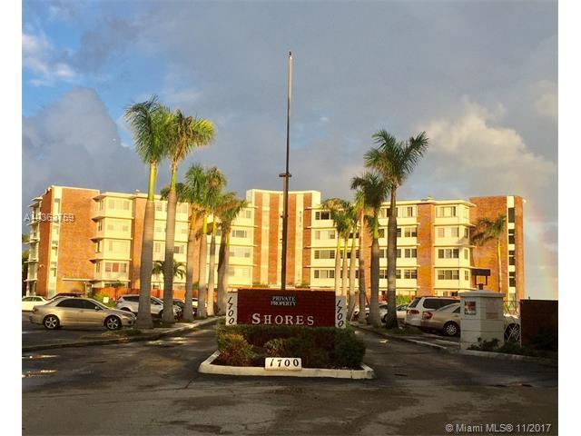 1700 NE 105th St #305, Miami Shores, FL 33138 (MLS #A10363759) :: The Jack Coden Group