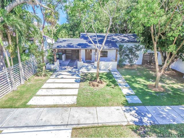 249 SW 32nd Rd, Miami, FL 33129 (MLS #A10367127) :: The Teri Arbogast Team at Keller Williams Partners SW