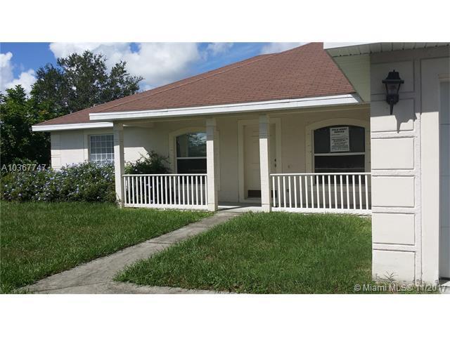 308 NW Hogan St, Port St. Lucie, FL 34983 (MLS #A10367747) :: The Teri Arbogast Team at Keller Williams Partners SW