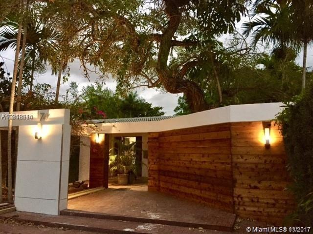 Coconut Grove, FL 33133 :: The Riley Smith Group