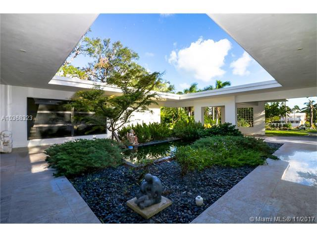1921 S Bayshore Dr, Miami, FL 33133 (MLS #A10368323) :: The Riley Smith Group