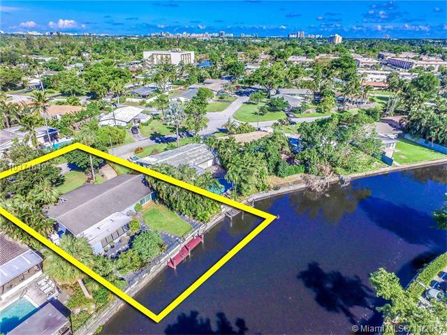 316 NW 20th St, Wilton Manors, FL 33311 (MLS #A10371619) :: Castelli Real Estate Services