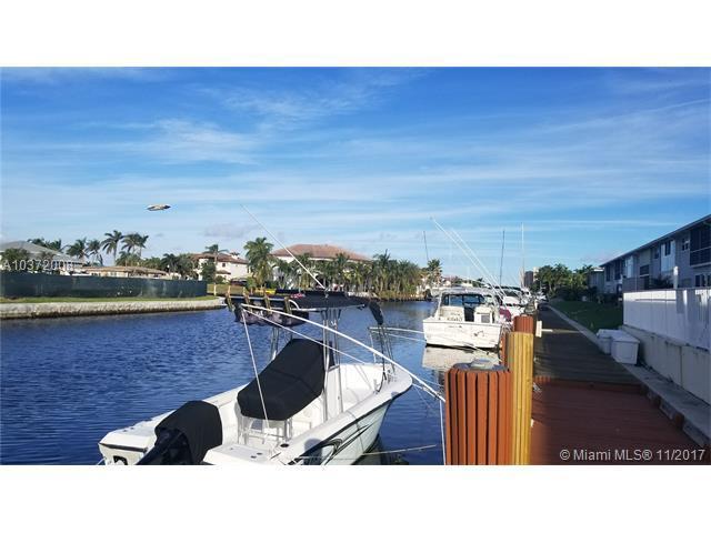 2311 NE 36th St 1F, Lighthouse Point, FL 33064 (MLS #A10372008) :: Castelli Real Estate Services