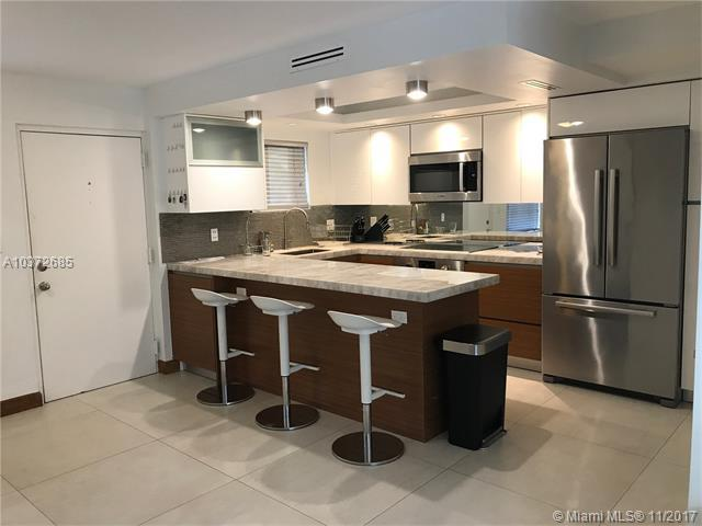 230 Sunrise Dr #7, Key Biscayne, FL 33149 (MLS #A10372685) :: The Riley Smith Group
