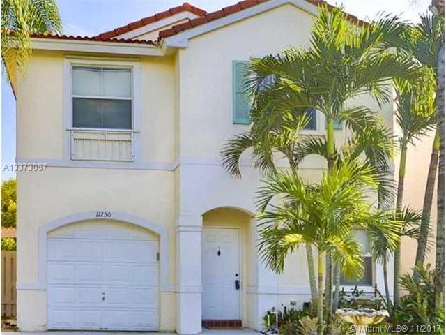 11250 Tradewind Way, Cooper City, FL 33026 (MLS #A10373057) :: Green Realty Properties
