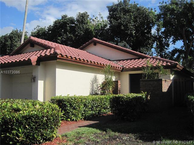 2176 Austin, Weston, FL 33326 (MLS #A10373086) :: Green Realty Properties