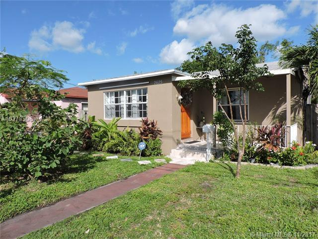 2625 Johnson St, Hollywood, FL 33020 (MLS #A10373396) :: Green Realty Properties
