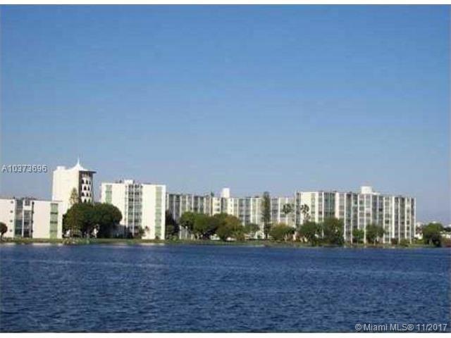 1750 NE 191st St 507-1, Miami, FL 33179 (MLS #A10373696) :: The Teri Arbogast Team at Keller Williams Partners SW