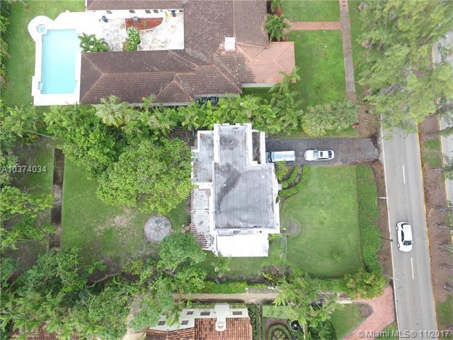 3540 Pine Tree Dr, Miami Beach, FL 33140 (MLS #A10374034) :: The Riley Smith Group