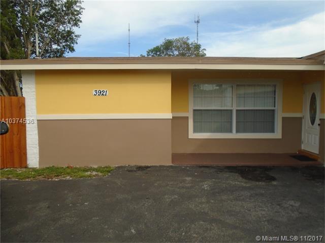 3921 E Lake Rd, Miramar, FL 33023 (MLS #A10374536) :: Green Realty Properties