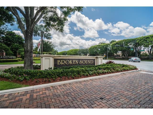 6626 NW 25th Ave, Boca Raton, FL 33496 (MLS #A10374694) :: The Teri Arbogast Team at Keller Williams Partners SW