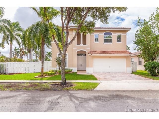 13166 SW 24th St, Miramar, FL 33027 (MLS #A10375105) :: Stanley Rosen Group