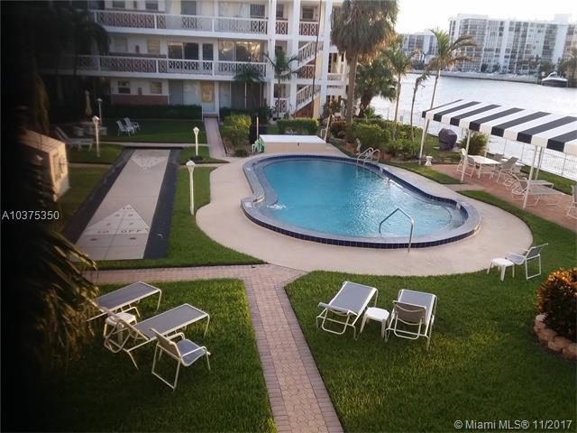 2400 S Ocean Dr #304, Hollywood, FL 33019 (MLS #A10375350) :: Green Realty Properties