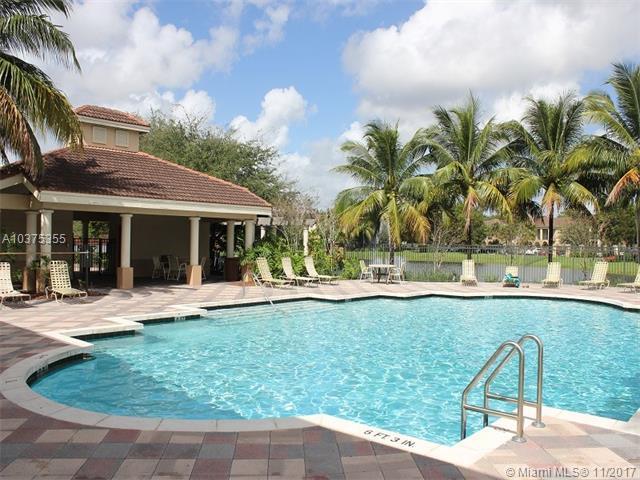 2427 Centergate Dr #104, Miramar, FL 33025 (MLS #A10375355) :: Green Realty Properties