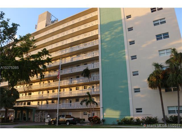 2555 NE 11th St #308, Fort Lauderdale, FL 33304 (MLS #A10375385) :: Castelli Real Estate Services