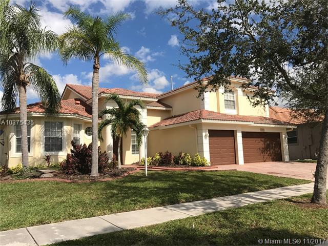13985 NW 22nd Ct, Pembroke Pines, FL 33028 (MLS #A10375435) :: Castelli Real Estate Services