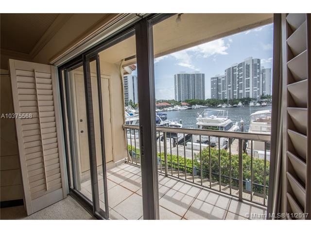 21135 Helmsman Dr O14, Aventura, FL 33180 (MLS #A10375568) :: Green Realty Properties