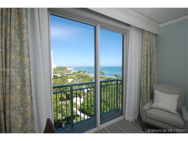 455 Grand Bay Dr #607, Key Biscayne, FL 33149 (MLS #A10375614) :: The Riley Smith Group