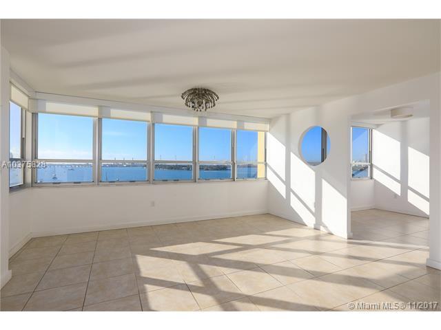 11 Island Ave #902, Miami Beach, FL 33139 (MLS #A10375828) :: Stanley Rosen Group