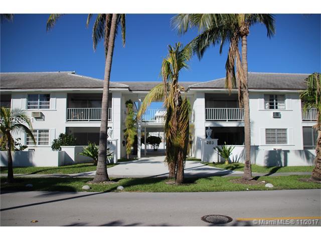 201 SE Sunrise Dr #109, Key Biscayne, FL 33149 (MLS #A10375891) :: The Riley Smith Group