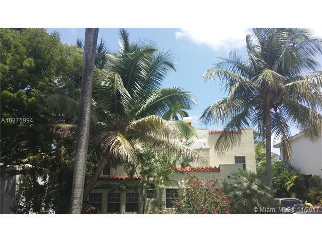 3025 N Bay Rd, Miami Beach, FL 33140 (MLS #A10375994) :: The Riley Smith Group