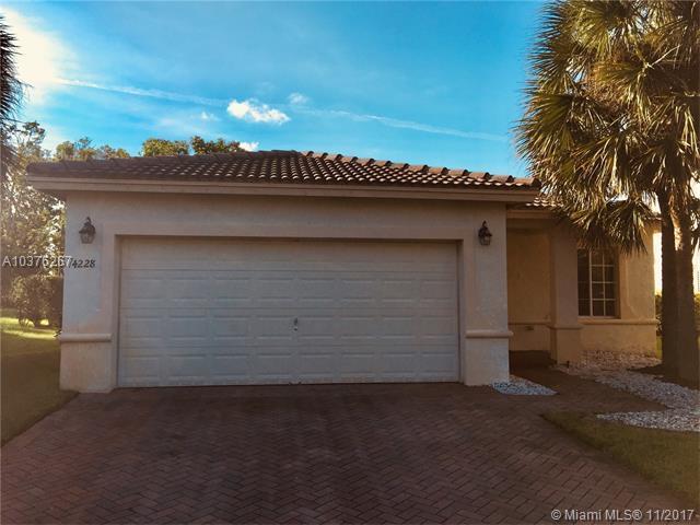 4228 SW 134th Ave, Miramar, FL 33027 (MLS #A10376267) :: Stanley Rosen Group