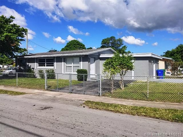 101 NW 28th Way, Fort Lauderdale, FL 33311 (MLS #A10377014) :: Stanley Rosen Group