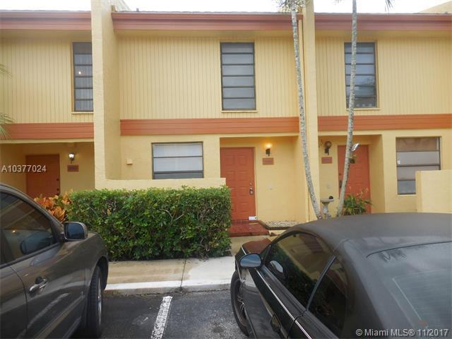 9260 NW 15th Ct #286, Pembroke Pines, FL 33024 (MLS #A10377024) :: Stanley Rosen Group
