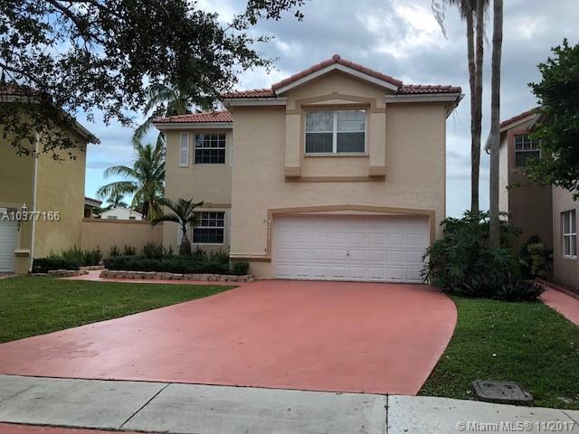 4671 SW 151st Ave, Miramar, FL 33027 (MLS #A10377166) :: Stanley Rosen Group