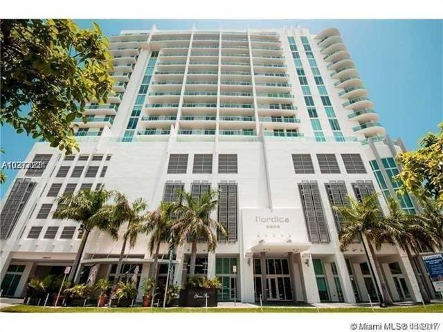 2525 SW 3 AV Ph-04, Miami, FL 33129 (MLS #A10377221) :: The Teri Arbogast Team at Keller Williams Partners SW