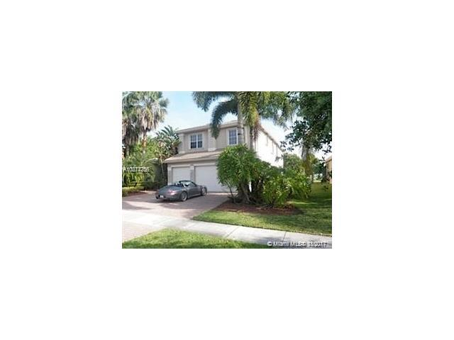 18560 SW 44th St, Miramar, FL 33029 (MLS #A10377256) :: Stanley Rosen Group