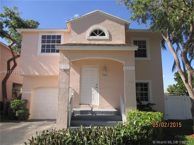 12028 NW 13th St, Pembroke Pines, FL 33026 (MLS #A10377271) :: Stanley Rosen Group