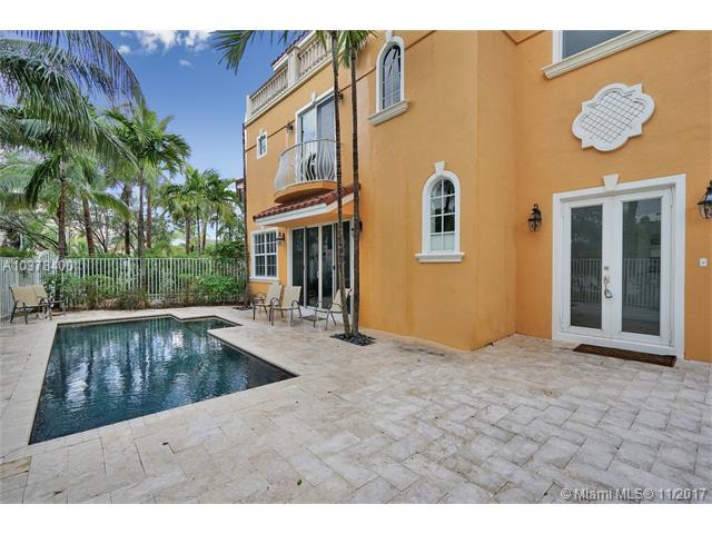 1360 Bayview Dr #1360, Fort Lauderdale, FL 33304 (MLS #A10378400) :: The Teri Arbogast Team at Keller Williams Partners SW