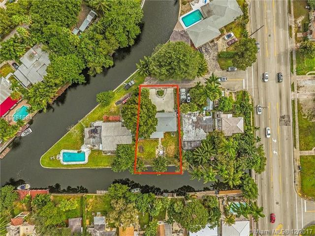 1131 SW 8th Ave, Fort Lauderdale, FL 33315 (MLS #A10381884) :: The Teri Arbogast Team at Keller Williams Partners SW