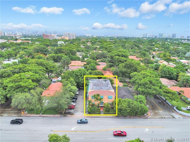 3409 S Le Jeune Rd, Coral Gables, FL 33134 (MLS #A10382298) :: The Riley Smith Group
