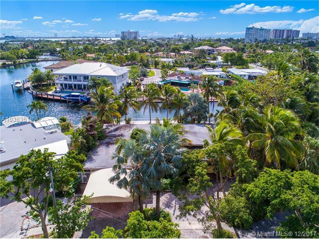 12900 Ixora Circle, North Miami, FL 33181 (MLS #A10383618) :: The Jack Coden Group