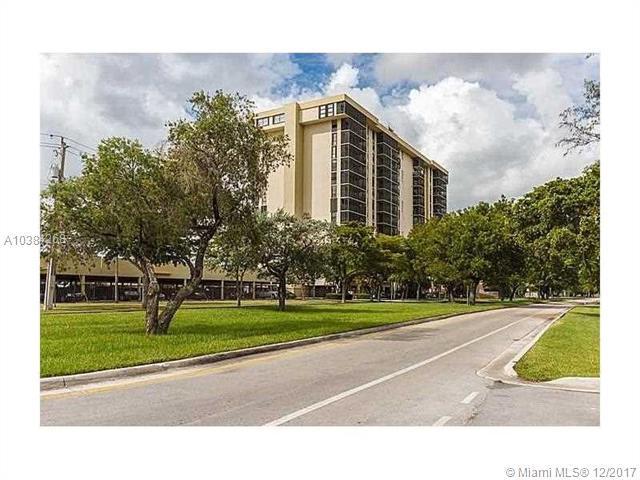 2500 NE 135th St B806, North Miami, FL 33181 (MLS #A10384268) :: The Jack Coden Group