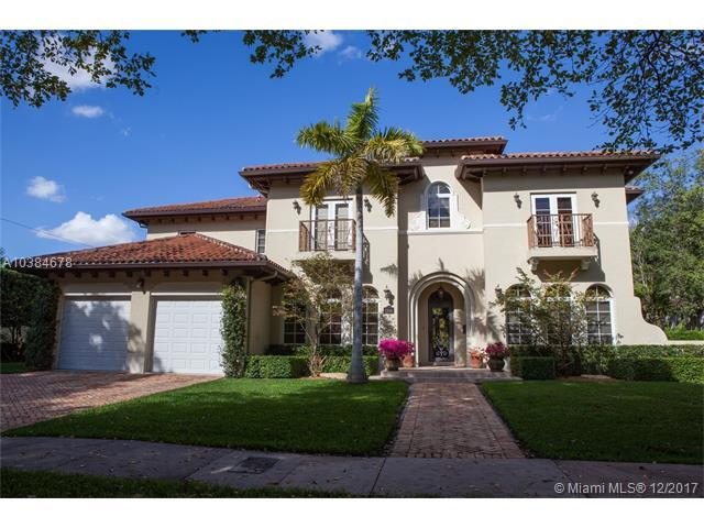 1209 Asturia Ave, Coral Gables, FL 33134 (MLS #A10384678) :: The Riley Smith Group