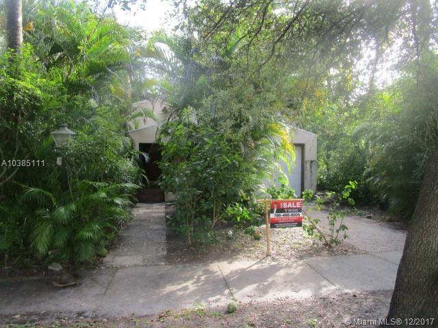 100 NE 89th St, El Portal, FL 33138 (MLS #A10385111) :: Live Work Play Miami Group