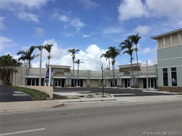 137 E Woolbright Rd, Boynton Beach, FL 33435 (MLS #A10385593) :: The Teri Arbogast Team at Keller Williams Partners SW