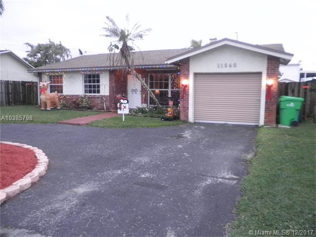 11340 NW 45th Pl, Sunrise, FL 33323 (MLS #A10385798) :: Green Realty Properties