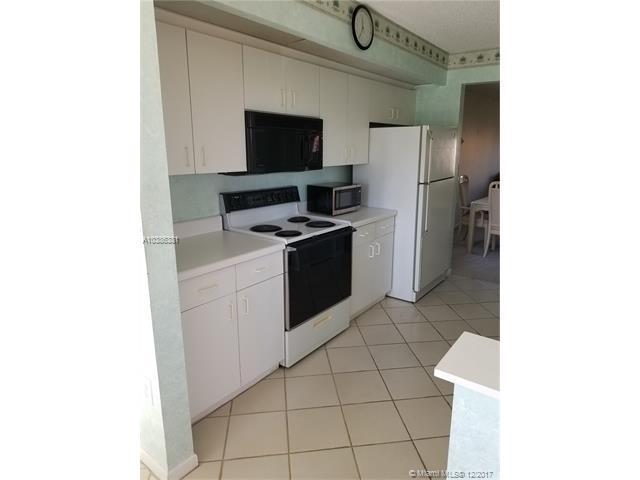 12755 SW 16th Ct 301B, Pembroke Pines, FL 33027 (MLS #A10386381) :: Stanley Rosen Group