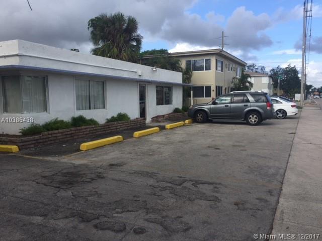 12840 NE 6th Ave, North Miami, FL 33161 (MLS #A10386438) :: The Jack Coden Group