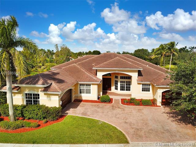 14955 SW 33rd St, Davie, FL 33331 (MLS #A10386901) :: The Chenore Real Estate Group